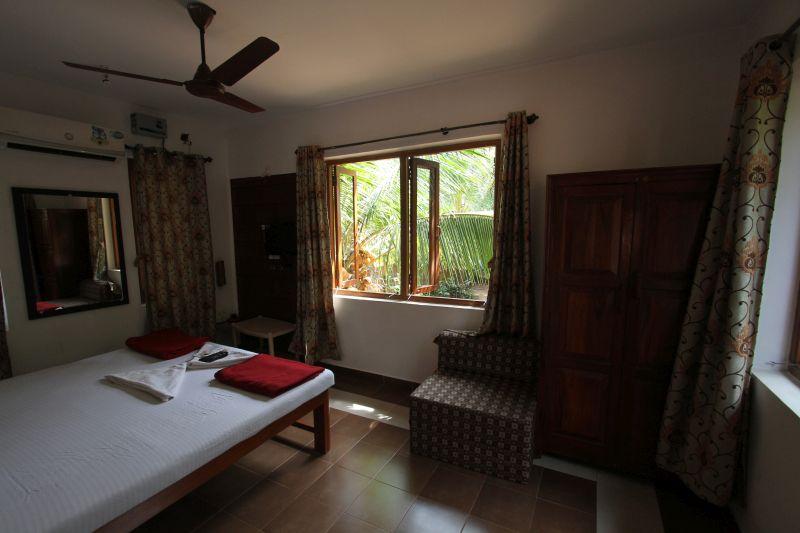 Tarkarli Hotels