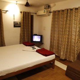 Hotels in Tarkarli